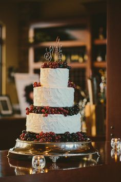 Grape wedding cake for your Wine Wedding!