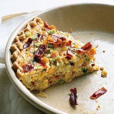 Corn and Bacon Pie @ Epicurious: This country-style quiche has a crunchy crust, thanks to the whole grain cornmeal. (Bon Appétit  | February 2008)