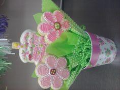 button daisy cookie bouquet