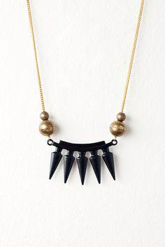 metal spike bar necklace