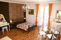 How cute is this apartment in Vienna. Sooo cheap too! <3