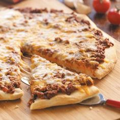 Sloppy Joe Pizza Recipe   Sloppy Joe Pizza Recipe photo by Taste of Home   Read reviews (5)  Rate recipe  If your kids like sloppy joes, they'll love this pizza. Brenda Rohlman of Kingman, Kansas came up with the six-ingredient recipe that's easy to assemble.  This recipe is:  Quick  Rate  Print  Grocery List  Recipe Box  Email         Sloppy Joe Pizza