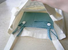 DIY Tote Pocket Insert - Love The easy sewing project for back to school.