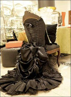 A wonderfully dressed chair! that is gorgeous!!!!!!!!!