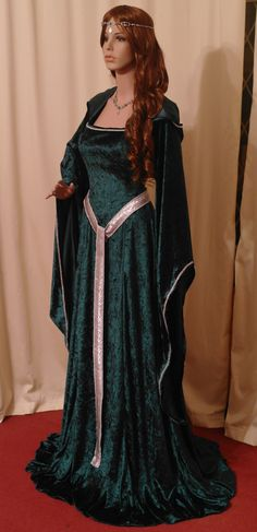 awesome medieval dress costume <3