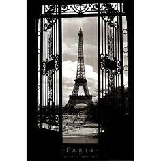 Eiffel Tower in 1909