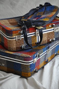 vintage tweed luggage  I had this set with brown tweed   loved them