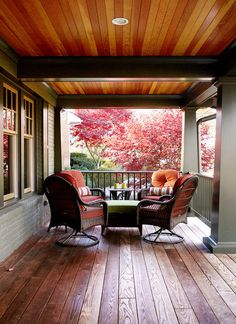 craftsman deck by Rill Architects