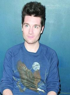 vocalist of bastille