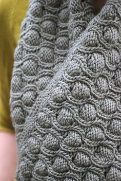 CatReading's Cocoon Test knit Infinity Scarf