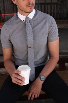 tie bar, pattern, men style, collars, men fashion, shorts, grey, sleeves, white collar