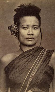 A socially high ranking Siamese woman, circa 1896. °
