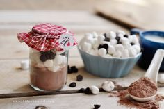 Hot cocoa jar- Thermos, Ahoy! 15 Yummy Hot Lunch Ideas for Kids - ParentMap