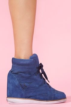 wedge. electric blue.
