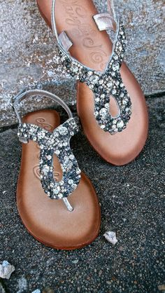 Sparkly Sandals for the bridesmaid these are a little out of the price range but super cute!