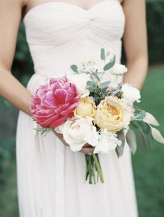 Bridesmaid bouquet: http://www.stylemepretty.com/2014/09/30/bohemian-chic-chicago-wedding/ | Photography: Lauren Balingit - http://laurenalbanese.com/