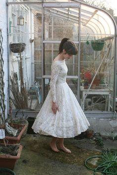 Hepburn-esque '50s dress on Human Sea - the full skirt, neckline and sleeves