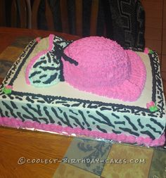 Coolest Momma To Be Cake... This website is the Pinterest of birthday cake ideas