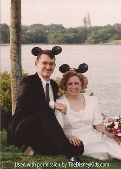 Vintage Fairy Tale: What a Disney Wedding Looked Like (and Cost) in 1995 {Disney Wedding Inspiration}