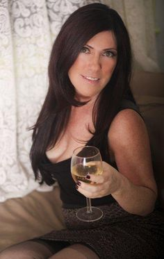 Let's do a roleplay!  Friend's hot mom, mom's hot friend, teacher, aunt.... - 47 Shannon 510-240-8458