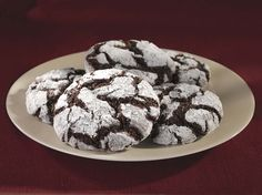 Ghirardelli Chocolate Crackle Cookies | http://www.ghirardellibrownies.com/recipes/Chocolate-Crackle-Cookies