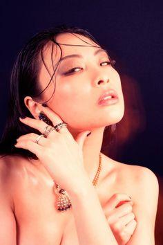 Chacha Huang Nude Photos 41