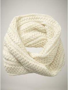 Gap Infinity Scarf Knitting Pattern : Knit Scarfs/Cowls on Pinterest