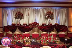 Quince court table