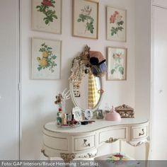 schminktische on pinterest schmuck pastel house and sevilla. Black Bedroom Furniture Sets. Home Design Ideas