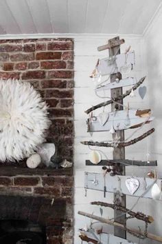 Scrap shabby chic style wooden tree - use as a display ?