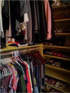 DIY closet makeover by {Houndstooth and Nail}