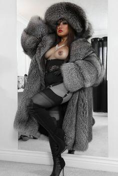 fetishmistressuk.com fur domin, fox fur, fur hat, fav fur, fur fetish
