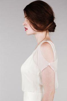 Shoulder cut outs + loose bun | Saja Collection Wedding Dresses | Bridal Musings Wedding Blog