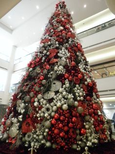 CHRISTMAS TREE on Pinterest  Christmas Trees, Singapore and Moscow Russia