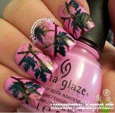Pink mossy oak camo nails