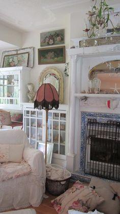 ❥ Victorian vintage lampshade fringe by Vintagewhitecottage on Etsy