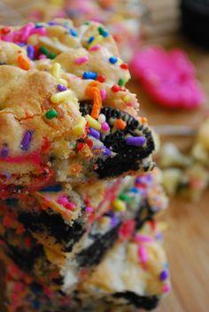 cookies n cream cake batter bars