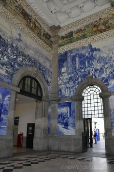 A few days in Portugal - by Inner Wanderlust 07.05.2014 | Colourful Porto, hilly Lisbon & pastries of Portugal Photo: São Bento railway station, Porto, Portugal