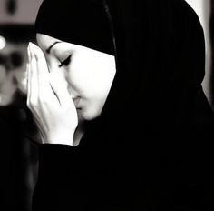 """A woman at the end of a salaah (shalat). """"Love comes before obedience."""" ~Shaykh Ahmed Babikir"""