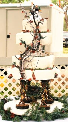 Camo Wedding Cake Ideas!!