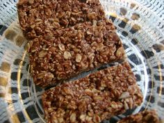 Homemade Chewy Granola Bars (without corn syrup!) | Heavenly Homemakers