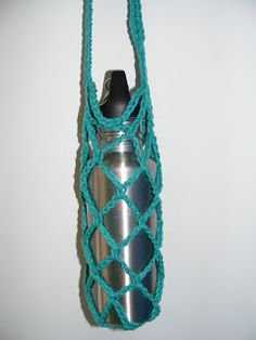 Free Crochet Pattern Water Bottle Holder : Water Bottle Holders on Pinterest Paracord, Crochet Tea ...