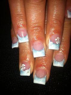 White & Blue Snowflake Acrylic Nail Art