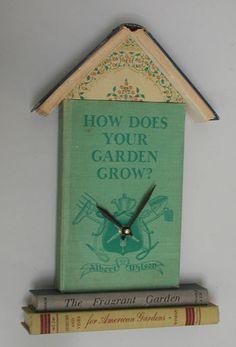 Book Clock-L.O.V.E it.