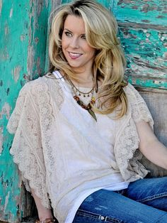 Cream Lace Top - $42.00 : FashionCupcake, Designer Clothing, Accessories, and Gifts