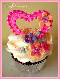 Cupcake Hearts | Flickr - Photo Sharing!
