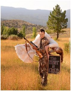 omgeee i love this sooo much. I want a picture like this too!<3 the hunt, wedding pics, engagement photos, awesome wedding picture ideas, engagement pics, wedding photos, country love pictures, country wedding picture ideas, engagement pictures hunting