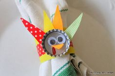 I love bottle cap crafts! These Bottle Cap Turkey Napkin Rings are so precious.