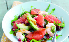 Avocado, pink grapefruit, pomegranate and prawn salad - We Heart Living