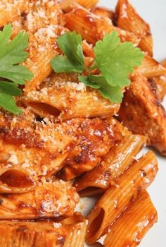 Skinny Mom's, Skinny Rigatoni is one of SM most popular Italian recipes! Its LOW CALORIE and cuts out about 200 calories from the original version!
